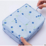 กระเป๋าใส่เครื่องสำอางค์ และใส่ของใช้ในห้องน้ำ #Blue Cherry