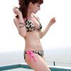 ชุดว่ายน้ำบิกินี่ทูพีช ลายเสือสายคล้องสีชมพูสวยๆ กางเกงผูกข้าง