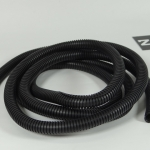 ท่อกระดูกงูร้อยสายไฟสีดำ ขนาดท่อ 10 มิลลิเมตร (ราคา/1เมตร)