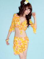 ชุดว่ายน้ำทูพีช สีเหลือง พร้อมเสื้อคลุมไหล่+ผ้าคลุมสะโพก ลายดอกไม้สวยๆ