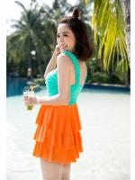 ชุดว่ายน้ำ โทนสีเขียวส้ม เซ็ต 2 ชิ้น ชุดแซกแต่งระบายน่ารักมากๆ (ชุดแซก + กางเกงขาสั้น)