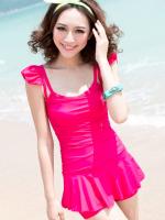 ชุดว่ายน้ำวันพีช สีชมพูบานเย็น สายเสื้อกล้ามแต่งระบายน่ารัก สีสันสดใส กระโปรงระบายด้านในเป็นแบบกางเกงขาสั้น