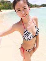 ชุดว่ายน้ำบิกินี่ทูพีช ลายขาวดำ สายสีชมพู (กางเกงด้านข้างสายผูก)