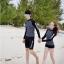ชุดว่ายน้ำแขนยาวสีดำลายจุดขาว แขนสกรีนลาย (เสื้อ+กางเกง) ผู้หญิง thumbnail 2