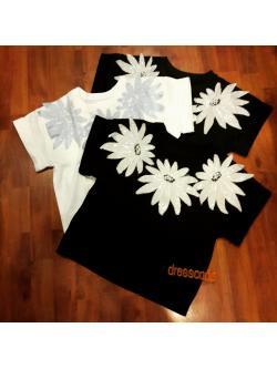 เสื้อมีแขนดอกไม้วิ้งๆ มี 3 สี
