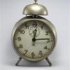 U752 นาฬิกาปลูกโบราณ เดินดีปลุกดี ส่ง EMS ฟรี