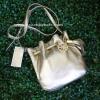 กระเป๋า Michael Kors Pebbled Leather Ring Tote Messenger Crossbody Bag Pale Gold
