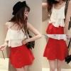 ++สินค้าพร้อมส่งค่ะ++ ชุดแฟชั่นเซ็ทเกาหลี เสื้อสายเดี่ยว ผ้าชีฟอง แต่งระบายสามชั้น+กระโปรงสั้น ทรงครึ่งวงกลม กระดุมหน้าค่ะ – สีขาว/แดง