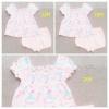 PK-034 ขายส่งยกแพ็ค ชุด Baby Boots สีชมพู ลายดอกฟ้า-เขียว-ขาว-ชมพู จับสม็อคดึงยางบ่าหน้า พร้อมกางเกงใน Size: 12-18-24 เดือน (3 ชุด)