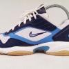 รองเท้าเทนนิส Nike สีน้ำเงิน-ขาว เบอร์ 37.5