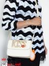 KISS กระเป๋าแฟชั่นสุดสวยสำหรับสุภาพสตรีทุกคน (สีครีม)