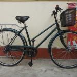 จักรยานแม่บ้านญี่ปุ่นสีเขียว มีเกียร์ ตะกร้า ครบ