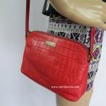 สินค้าอยู่ USA : กระเป๋า Kate Spade Hanna WKRU2908 logan court pillboxred617 สีแดง