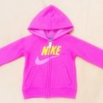 GSH-386 (12M) เสื้อกันหนาว Nike สีชมพู ปักแบรนด์ Nike ลายนูนสีเหลือง-ม่วง  ผ้าซับใน Hood สีชมพูอมม่วง