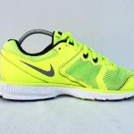 รองเท้าผ้าใบ NIKE รุ่น Zoom Winflo สีเขียว เบอร์ 43
