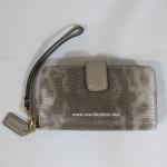 กระเป๋า COACH 62292 LISLV Madison Embossed Spotted Lizard Leather Phone Wallet, Silver