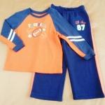 ฺBS-195 (4Y) ชุด Mini Boots เสื้อสีส้มตัดต่อสีกรมท่า ปักลาย Football กางเกงผ้าฟรีสสีกรมท่า ติดแถบส้ม
