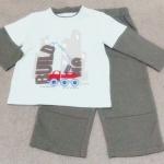 ฺBS-268 (18M) ชุด Baby Boots สีฟ้า ตัดต่อแขนสีเทา ปักลายรถ Building และกางเกงตัดต่อสีเทา