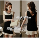 Lady Rachel Minimal Chic Ruffle Dress in Black and White