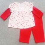 GS-736 (3M,6M,9M) ชุด Love'n Cuddle เสื้อตัดต่อลายแอ๊ปเปิ้ล สีชมพู-แดง ติดกระเป๋าหน้า พร้อมกางเกงสีแดง