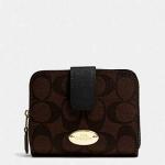 กระเป๋า COACH F52675 Signature PVC Med. zip Arround Wallet น้ำตาลดำ