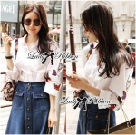 Lady Amanda Minimal Chic Butterfly Embroidered White Shirt