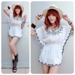 Rosy Embroidery Blouse (สีขาว)