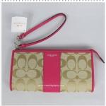 กระเป๋า COACH F50871 SVBCM Zip Top Wristlet Wallet