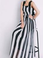 ชุดเดรสสีขาว/ดำ คอเหลี่ยม สไตล์สายเดี่ยว ผ้าเนื้อดีพิมพ์ลายทาง ดีไซด์หรูด้วยผ้าผูกเอว