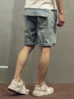 กางเกงยีนส์ขาสั้นญี่ปุ่น สีฟ้าซีด แต่งกระเป๋าด้านหลัง แนวย้อนยุค