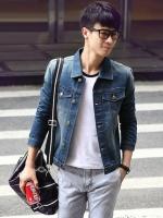 เสื้อแจ็กเก็ตแขนยาวเกาหลี ผ้ายีนส์ แต่งกระเป๋าคู่ด้านหน้า ดีไซส์กระดุม มี2สี