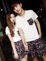 ชุดคู่รักเกาหลี พิมพ์ลายดอกไม้ เสื้อยืดคอV สีขาว+กางเกง/กระโปรง