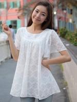 เสื้อแฟชั่นสีขาว คอเหลี่ยม แขนระบาย ผ้าลูกไม้เนื้อดีมีซับใน ลำตัวกว้าง