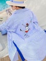 เสื้อแฟชั่นคอปก แขนยาว พิมพ์ลายเส้น แขนเสื้อสไตล์ค้างคาว สกรีนหลังรูปเก๋ แต่งเชือกรูดด้านหลัง มี2สี