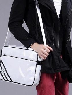 กระเป๋าสะพายเกาหลี หนังPU แต่งแถบเส้นเฉียง แนวแฟชั่น มี3สี
