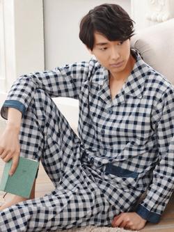 ชุดนอนเกาหลี สีตามรูป ลายสก็อต แต่งขอบ เสื้อแขนยาวติดกระดุม+กางเกงขายาว