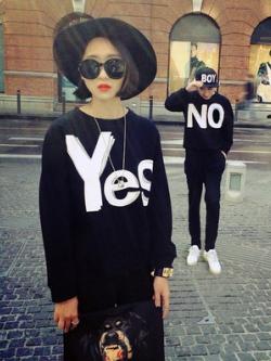 ชุดคู่รักเกาหลี เสื้อแฟชั่นแขนยาว สีดำ พิมพ์ YES NO ดีไซส์เท่