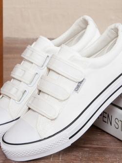 รองเท้าผ้าใบเกาหลี แต่งขอบลายเส้น ดีไซส์ฝาปิดรองเท้า มี4สี