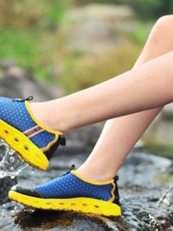 รองเท้าหุ้มส้นเกาหลี ดีไซส์ตาข่ายระบายอากาศ กันน้ำ มี6สี