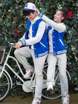 ชุดคูรักเกาหลี เสื้อแจ็กเก็ตแขนยาว แต่งขอบ มีฮู้ด กระดุมแป็ป มี5สี