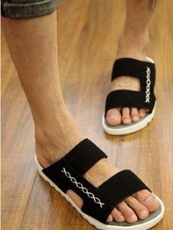 รองเท้าแตะเกาหลี แต่งสายคาดสลับ ขอบหยัก พิมพ์ลายไขว้ มี3สี