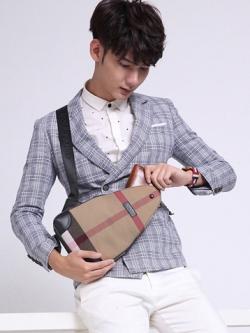 กระเป๋าสะพายข้างเกาหลี แต่งแถบลายเส้น ดีไซส์ขอบ มี3สี