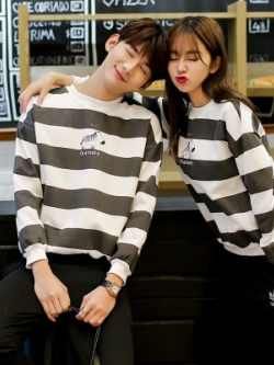 ชุดคู่รักเกาหลี เสื้อแจ็คเก็ตแขนยาว สีตามรูป แต่งลายขวาง ดีไซน์ม้าลาย