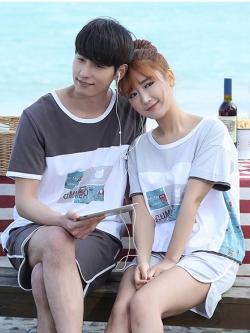 ชุดนอนคู่รักเกาหลี แนว SUMMER พิมพ์ลายด้านหน้า เสื้อแขนสั้น+กางเกงขาสั้น