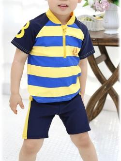 ชุดเด็ก เป็นชุดว่ายน้ำ ได้เสื้อ+กางเกง+หมวก มี2สี