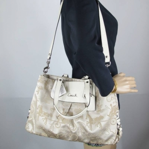 กระเป๋า COACH F15656 Ashley XL Beige Horse&Carriage Carryall Purse Satchel Handbag