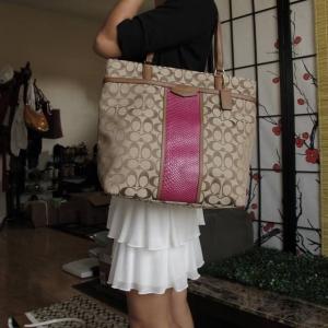 กระเป๋า COACH F31904 IMBDX แถบสีชมพู ทรงแม่บ้าน สะพายได้ทุกวัน ขนาดใหญ่ น้ำหนักเบา