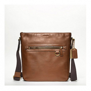 กระเป๋า COACH MEN'S BLEECKER LEGACY FIELD BAG IN LEATHER 70488 FWN