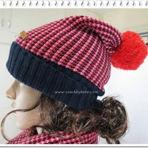 หมวกกันหนาว COACH F85213 RD/MC Tricolor Stuckstitch Red/Multi Beanie Hat มีผ้าพันคอคู่