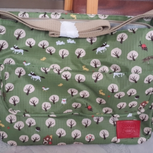 กระเป๋าคุณแม่ St.Andrew - สีเขียว